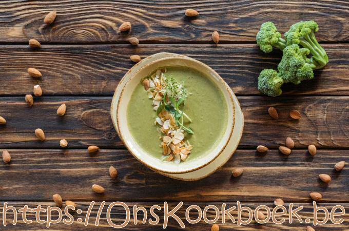 Broccolisoep Sandra Bekkari