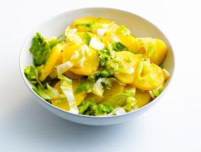 Andijvie aardappelsalade