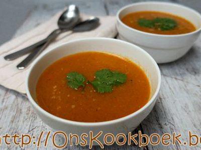 Puntpaprika soep